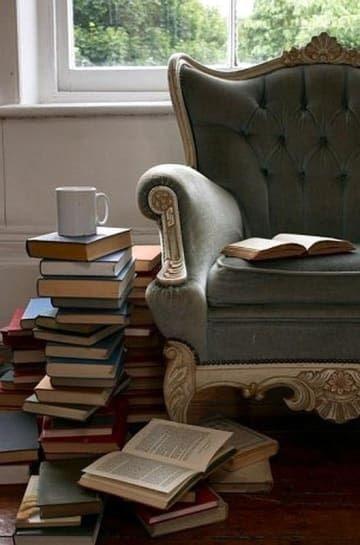 Книжные итоги ноября:   Рэйнбоу Рауэлл, «Элеанора и Парк»  Марина Степнова...