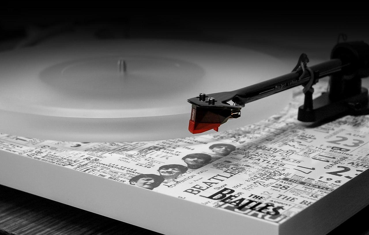 «Властелин колец» в исполнении Beatles  Однажды у участников рок-группы...