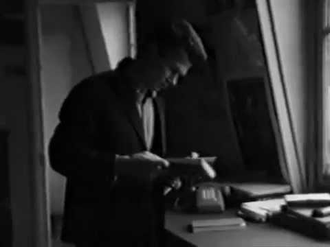 Молодой и красивый Эдуард Лимонов в Париже. Съемка Игоря Андреева, 1986...